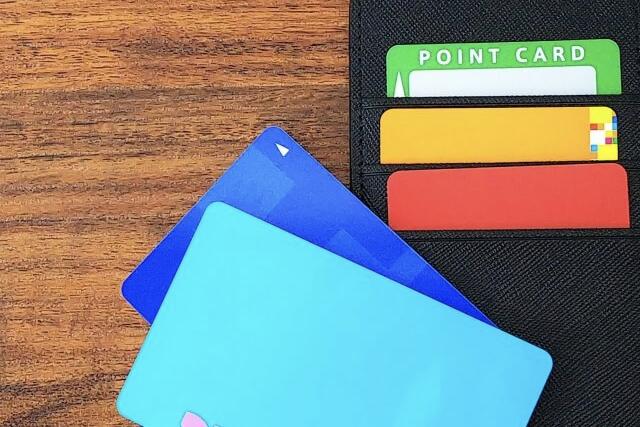Q127 個人がポイントで会社経費を支払った場合、会社に精算できる?